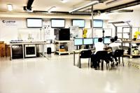 V laboratoriju za tovarne prihodnosti tudi SCARA robot i4L